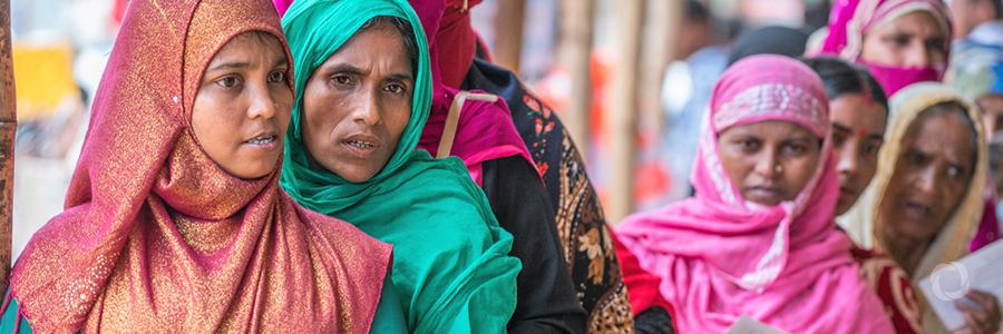 UN Agencies distribute LPG stoves to Rohingya refugees, Bangladeshi